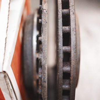 Сравнение тормозных дисков