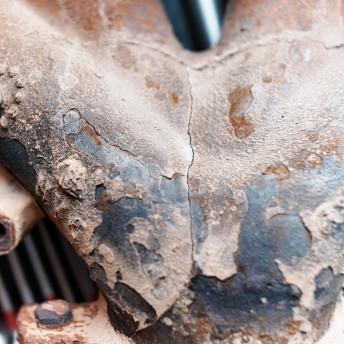 Трещины выпускного коллектора (вид сверху)