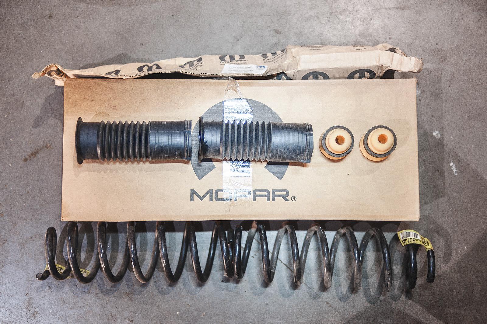 Комплект для полной замены задних амортизаторов