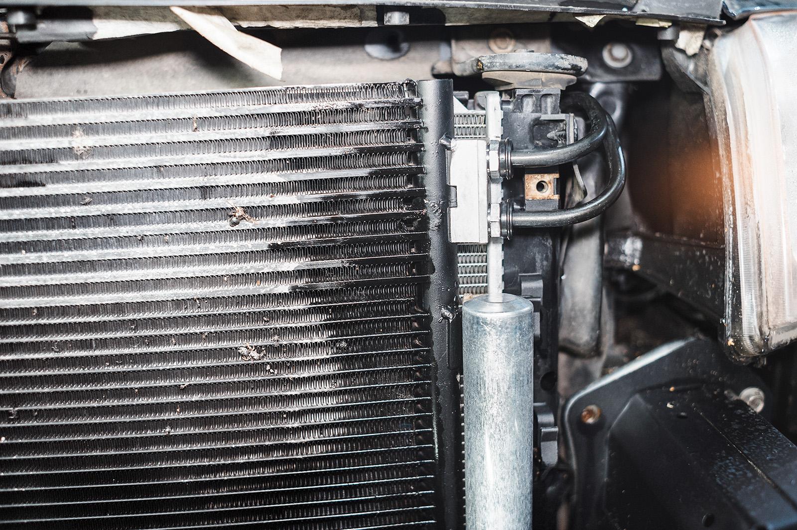 Облагороженный радиатор Джип Компас, осталось только отмыть
