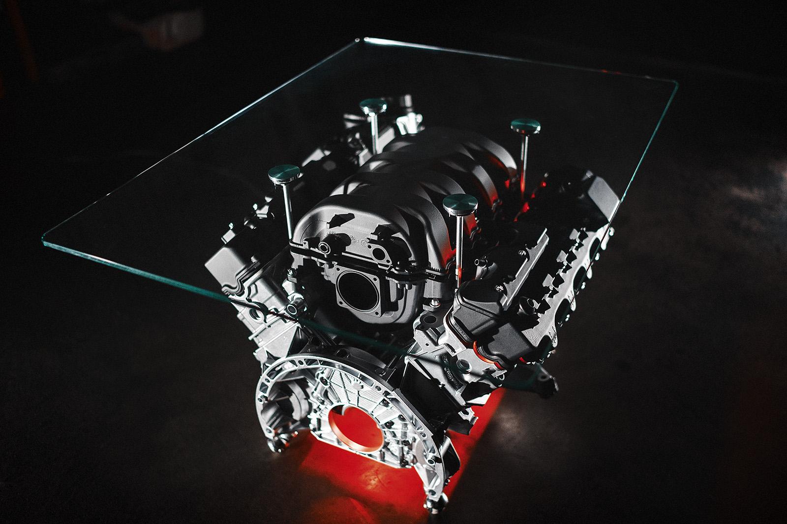 Столик из двигателя своими руками видео