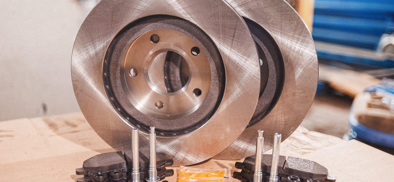 Полный комплект для замены тормозных дисков Додж Калибр