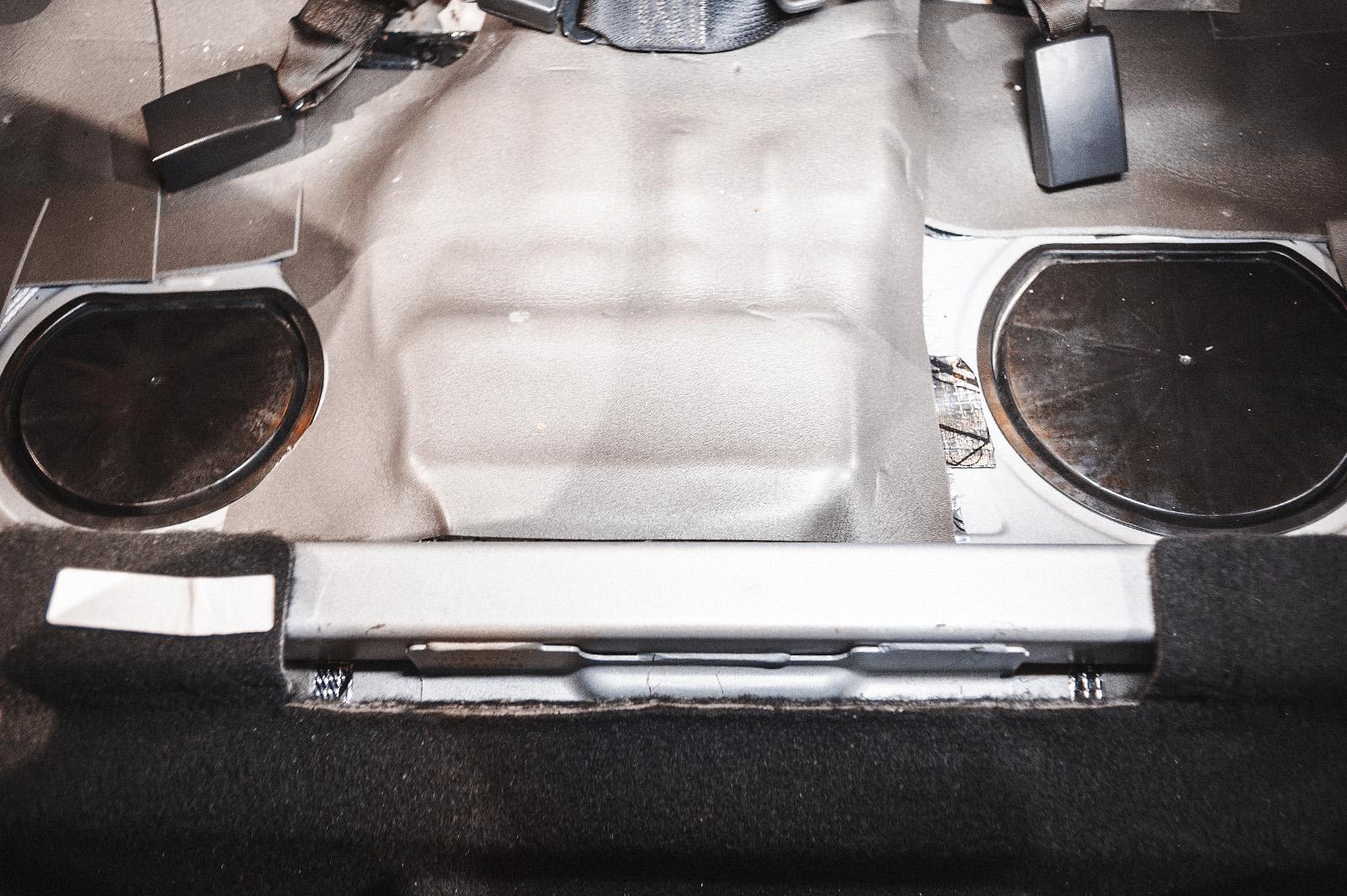 Додж Калибр со снятым задним сиденьем