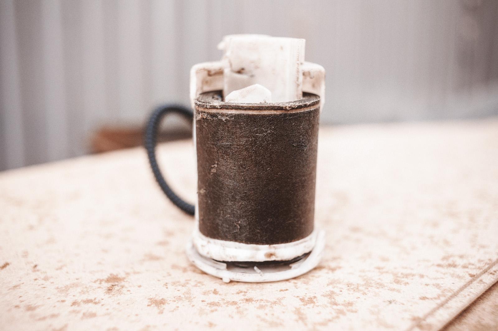 Старый фильтр тонкой очистки в разрезе