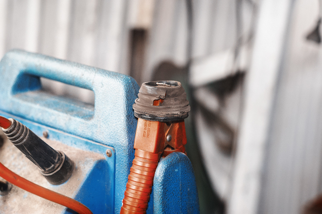 Пыльник тормозного цилиндра основательно порван
