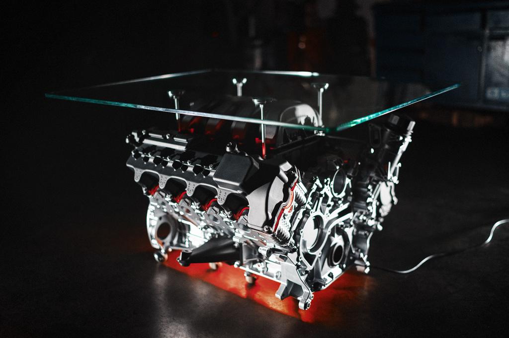 Фазоинвертор – элемент декора, в открытой конструкции от него нет смысла