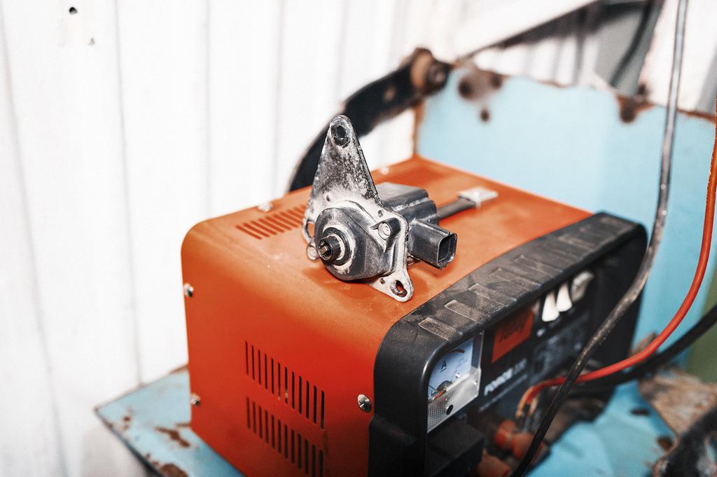 Мотор заслонки впускного коллектора