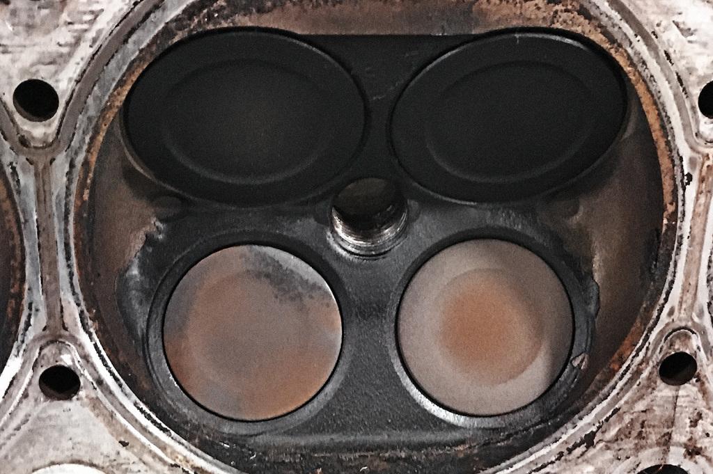 Подгоревший выпускной клапан Фиат Фримонт