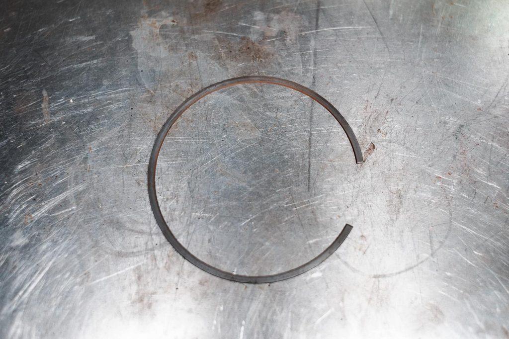 Большое стопорное кольцо сцепления