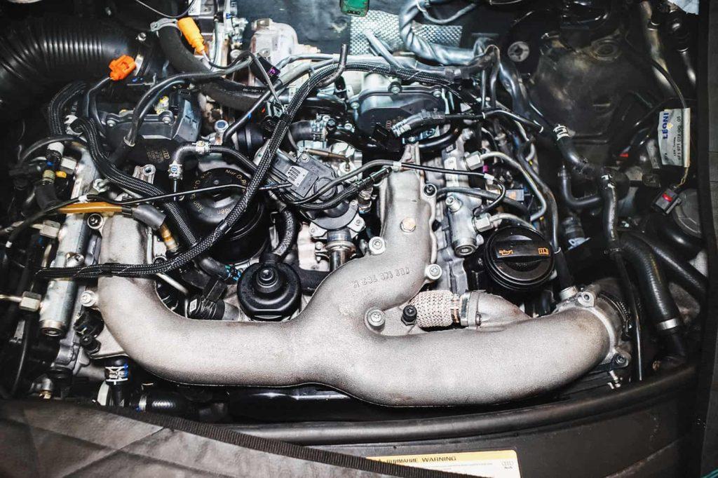 Течь масла Ауди А6 устранена, двигатель собран