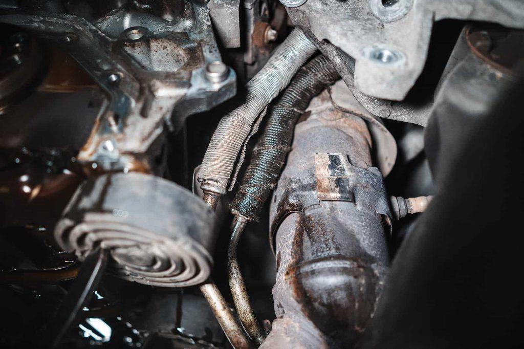 Трубки маслоохладителя - больное место моторов 2.7